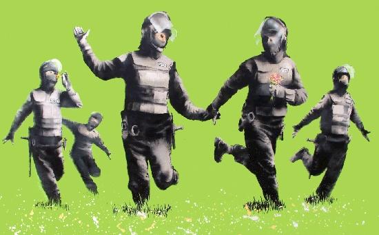 sanfte flowerpower Polizei